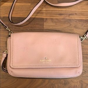 kate spade crossbody wallet in rose/pink